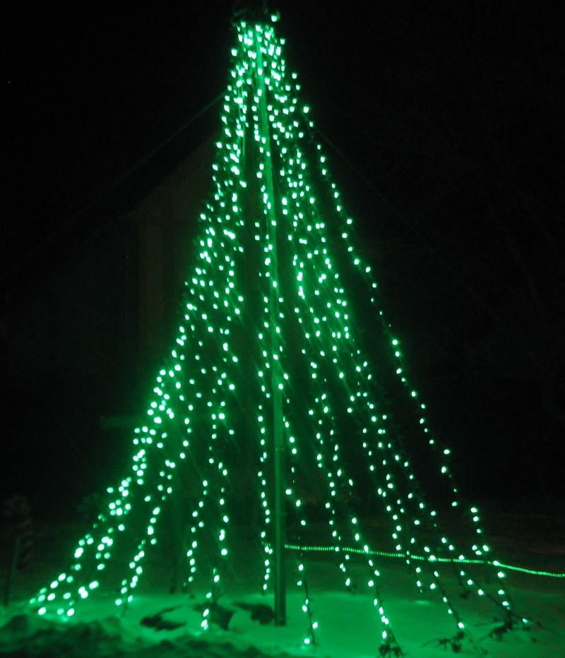 green_mega_tree