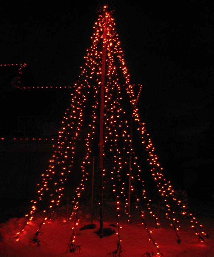 red_mega_tree